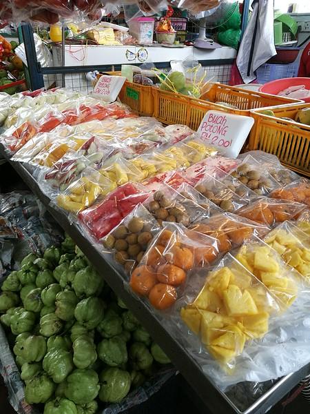Fresh local fruits at the R&R