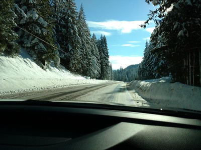 Heading towards Santiam Pass