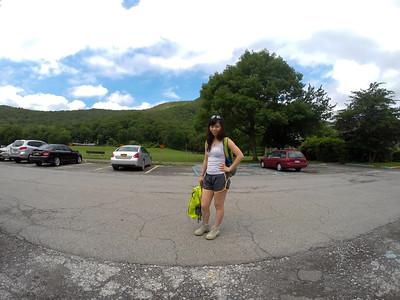 Bear Mountain Inn parking