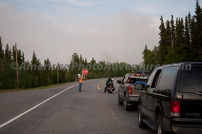 Wildfire stopped traffic between Delta Junction and Tok.