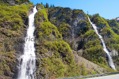 There were waterfalls everywhere just off the side of road to Valdez.