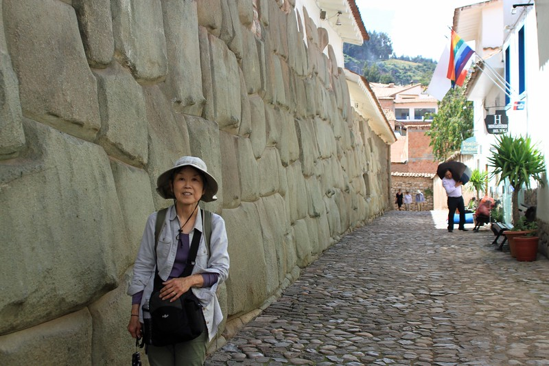 Hatunrumiyoq Street's polygonal stone - Cusco