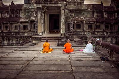 6:20 AM, Angkor Wat entrance
