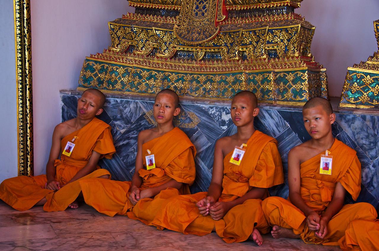 Monks - Wat Pho Bangkok