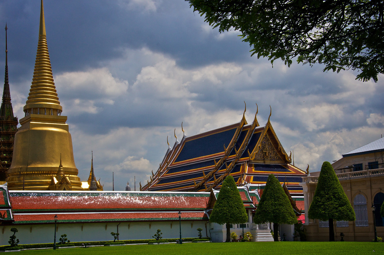Grounds - Temple of the Emerald Buddha