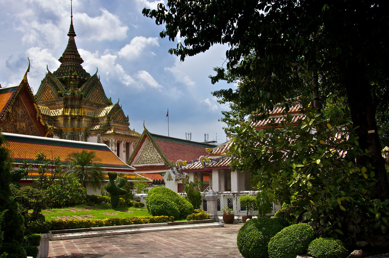Grounds - Temple of the emerald Buddha Bangkok