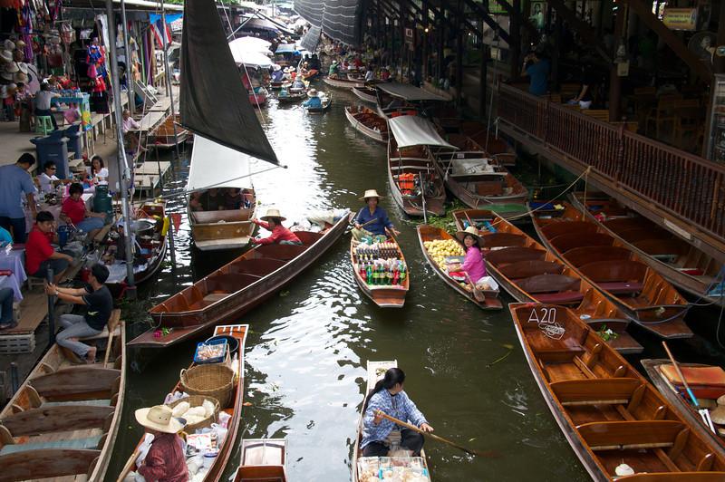 Floating Market - Mae Kong