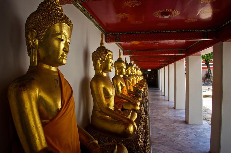 Many aspects of Buddha Wat Pho - Bangkok