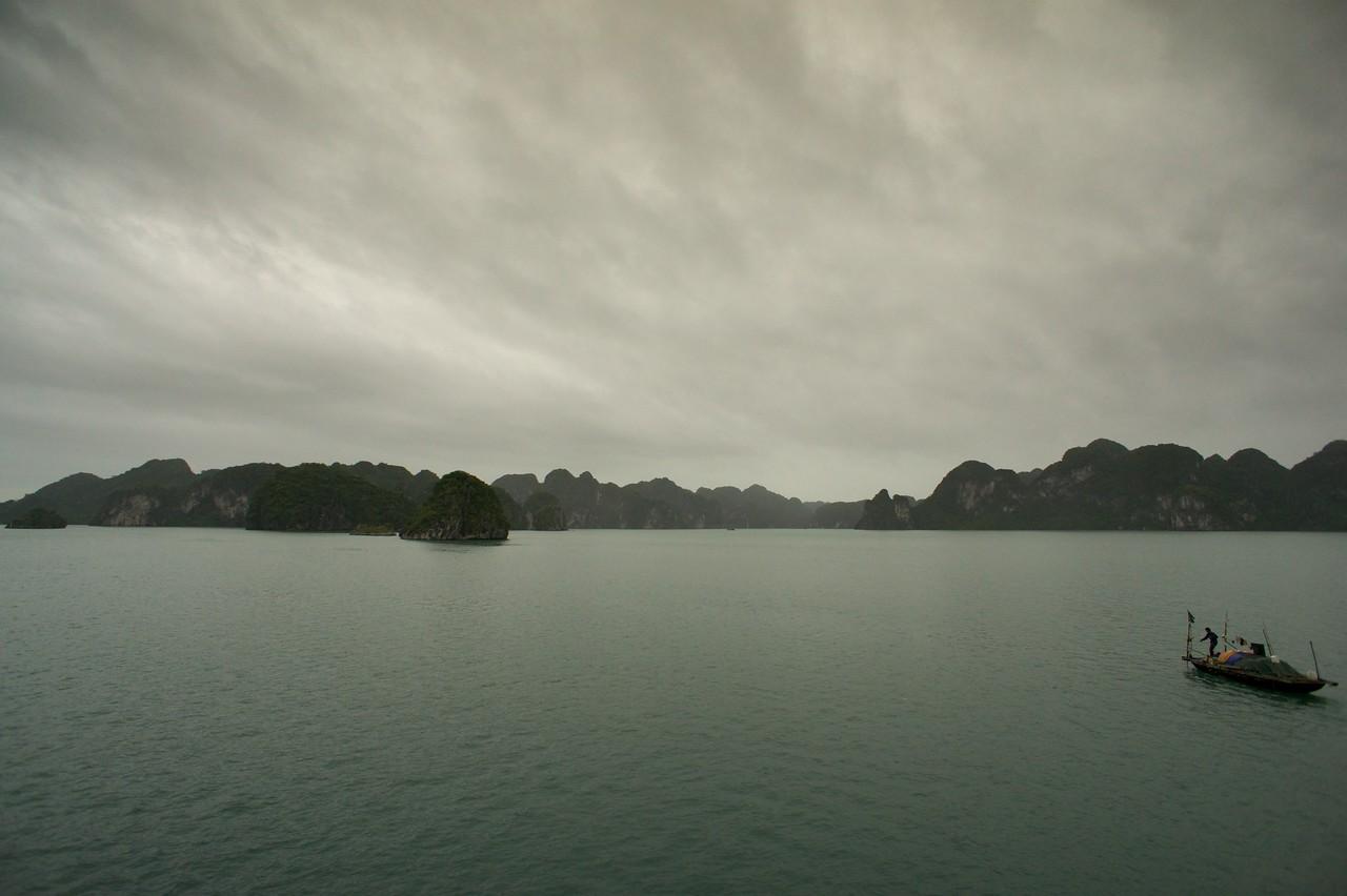 Fisherman Halong bay