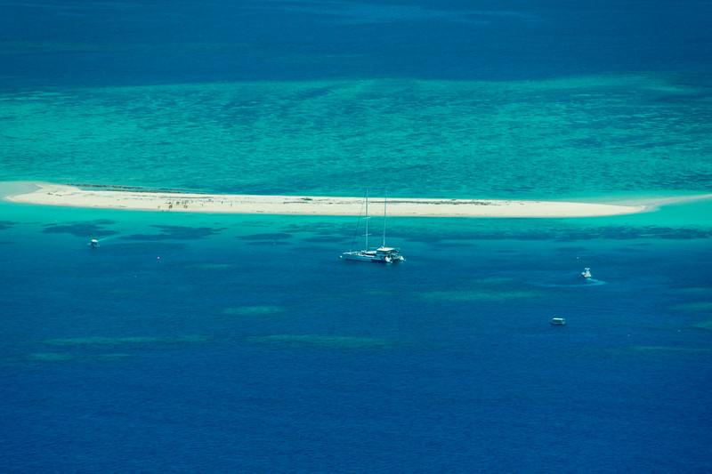 Tourists on Michaelmas Cay