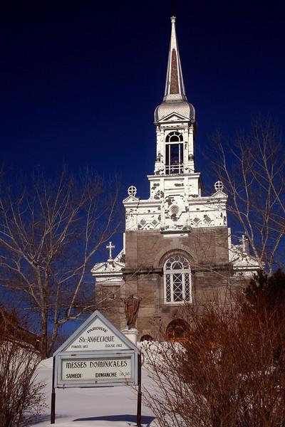 Eglise Ste-Angelique, Papineauville