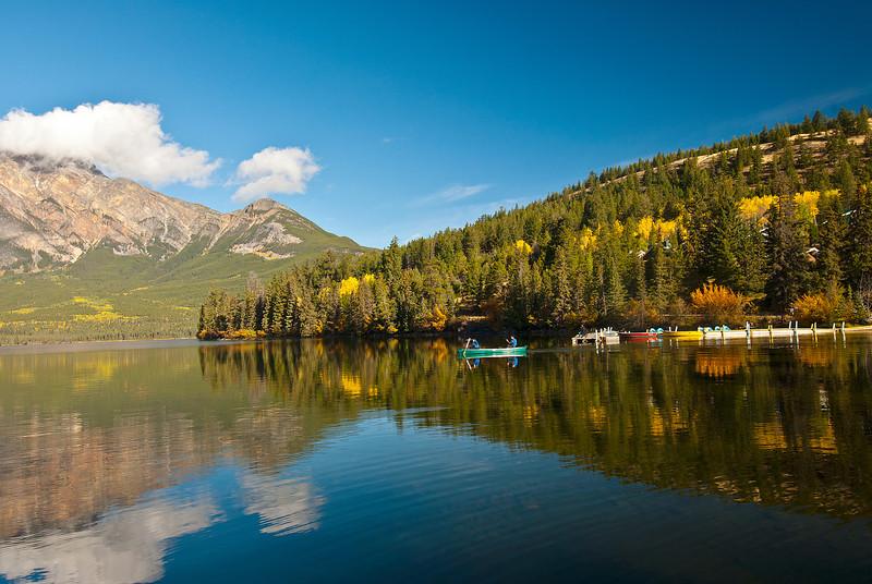 TRCA-11105: Canoeing on Pyramid Lake