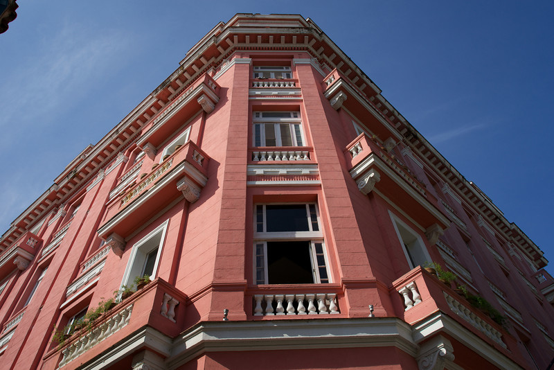 Hotel Ambos Mundos where Hemingway finished Farewell to Arms
