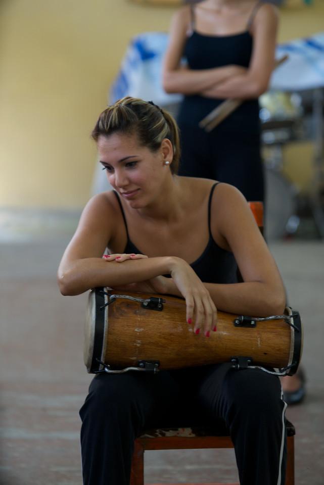Percusionista Habana Compass Musical Group