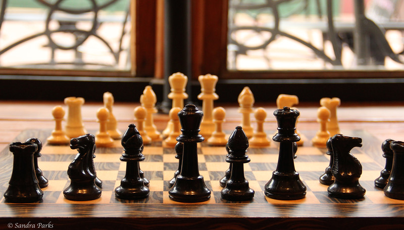 chess at the Mudhouse