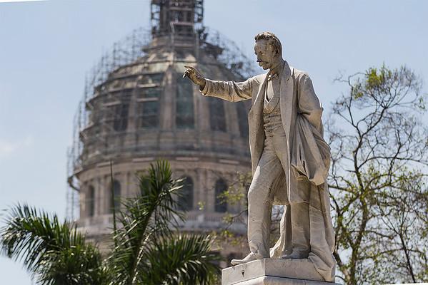Jose Marti statue and the Capitol Dome
