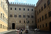 Siena - Piazza Salimbeni