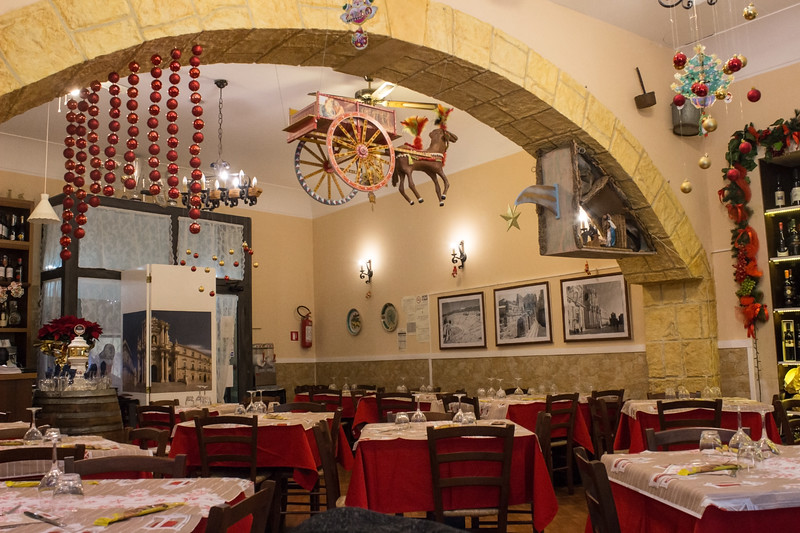 Siracusa - Restaurant Interior