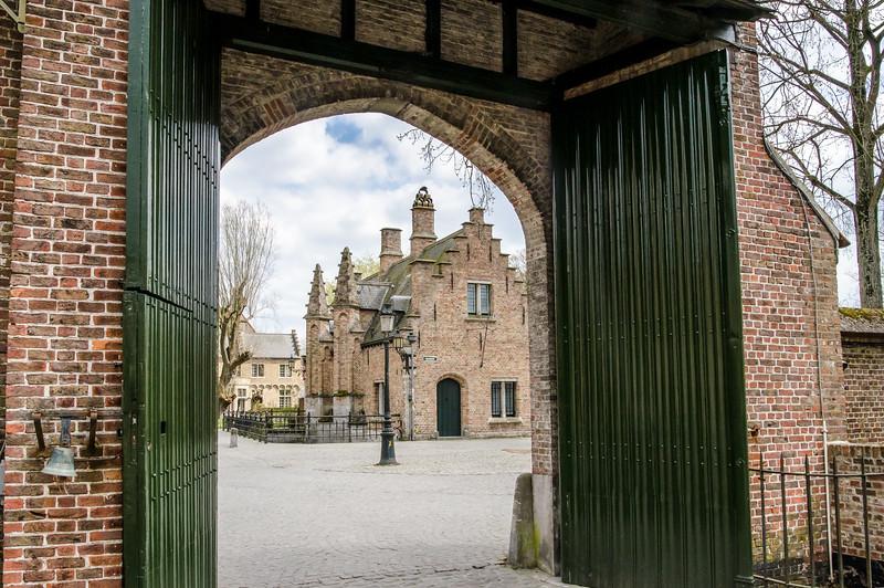 Brugges Archway