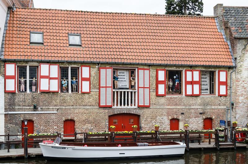 Canal Side Shop, Brugges BE