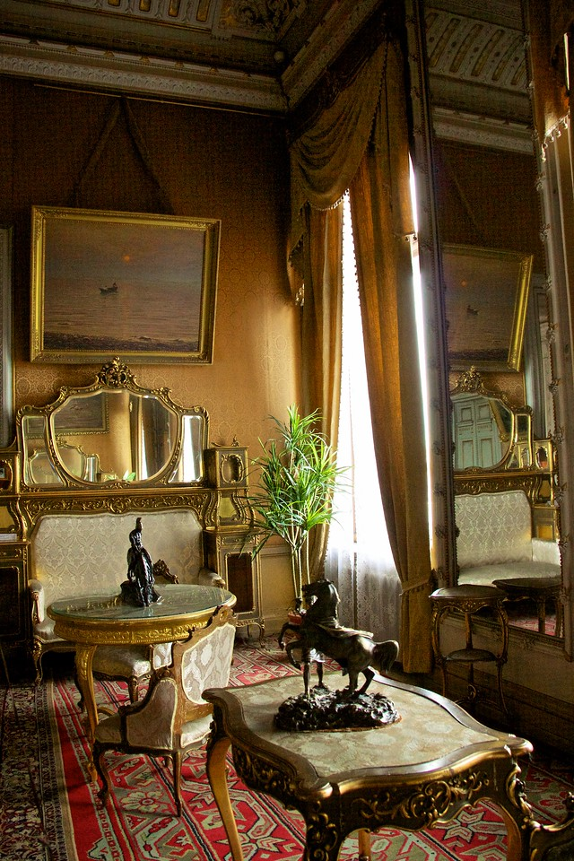 Sitting room, Vladimir's Palace.