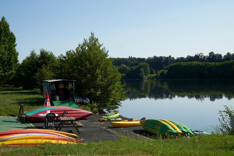 canoes and kayaks Tremelat