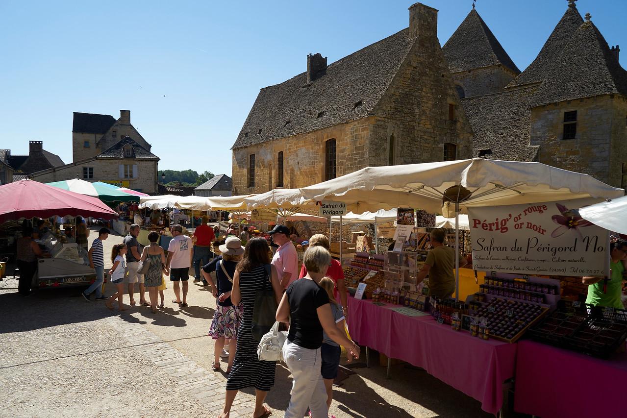 Market St Genies
