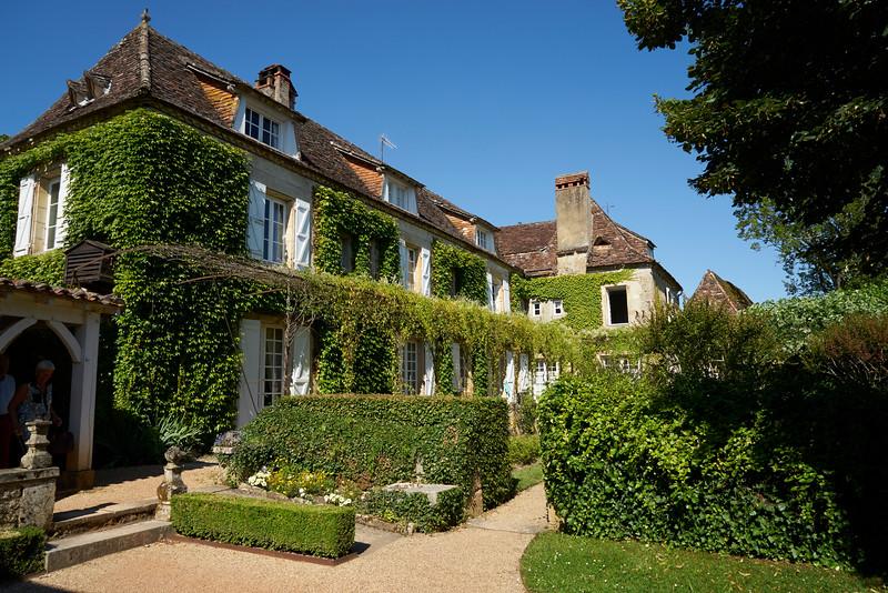 Main house Vieux Logis, Tremelat