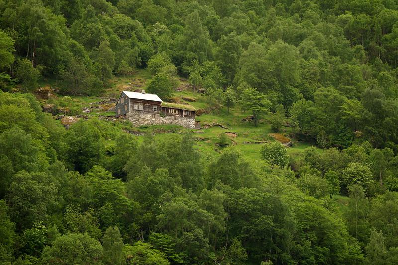 Fjordside home near Geiranger
