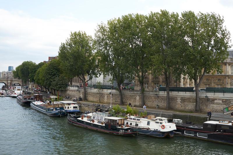 Barges Seine