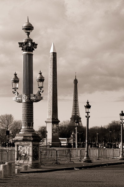 4 Pillars and a Tower