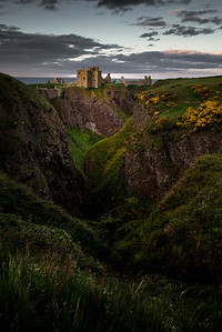 Dunnottar Castle Gully