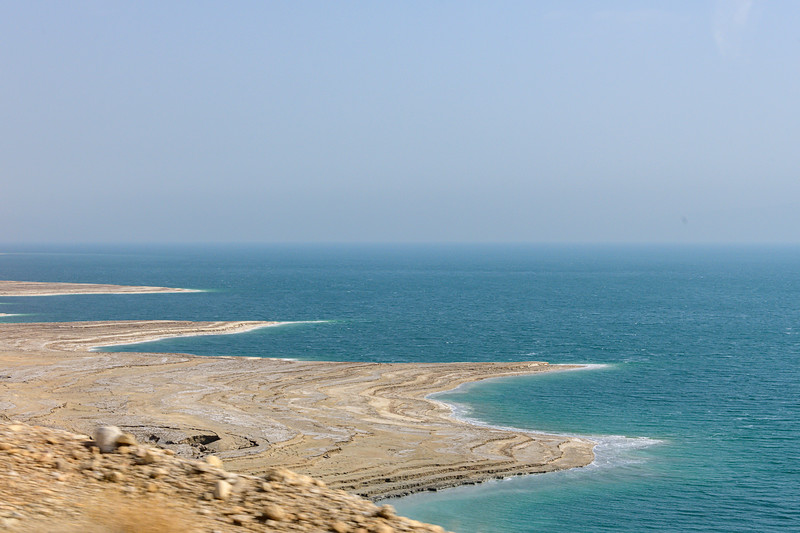 Dead Sea falling level clear in the sediments