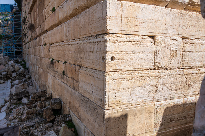 Corner of the temple mount walls showing an unexplained hole in the corner of one block.