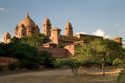 Ons hotel: Umaid Bhawan Palace.... Een fantastisch hotel waar de service ongekend is.