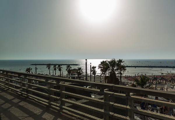 Didn't do a walk on the beach but it looked gorgeous!  It's worth coming back to Tel Aviv just for that