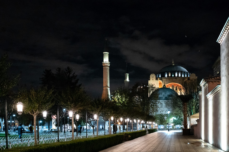 Aya Sofia at night.
