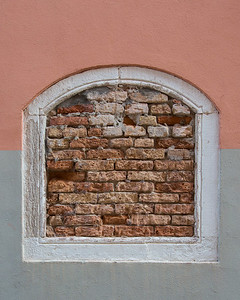 WINDOW OF BRICK