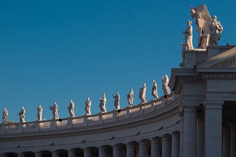 San Pietro Piazza statues to the saints