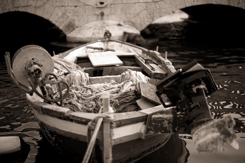 Fishing boat, Syracuse