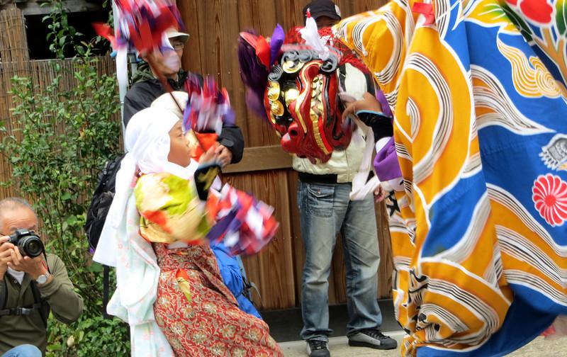Shirakawago - Lion Dance
