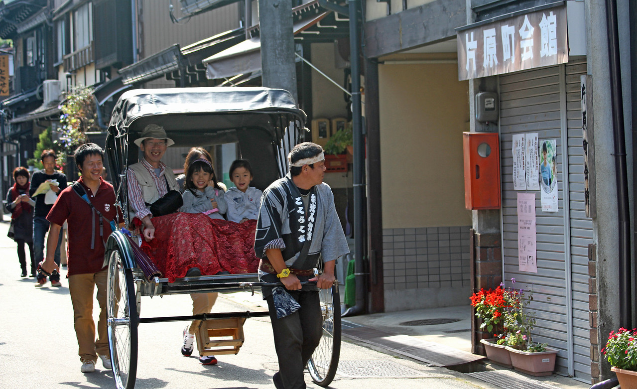 Miyagawa Morning Market - going to Market in style