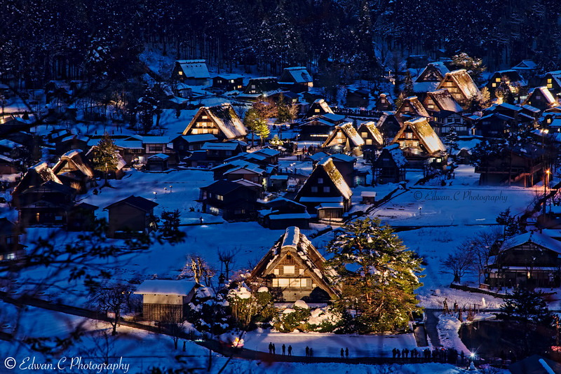 A wonderland to be in , a traditional village town .