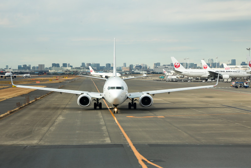 As our flight landed, A B787 was greeting us awaiting taxi out , that marks the start of our Japan hospitality.
