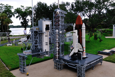 Space Shuttle, Launch Platform, and Crawler