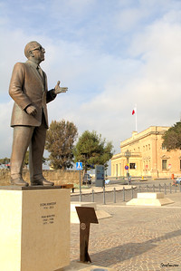 Valletta, Malta.     On the square in front of Auberge Castille       03/23/2019 This work is licensed under a Creative Commons Attribution- NonCommercial 4.0 International License