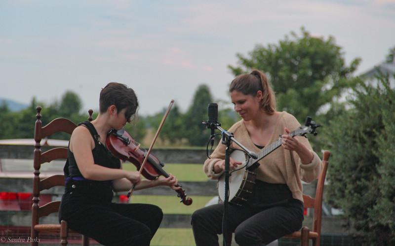 Allison deGroot and Tatiana Hargreaves