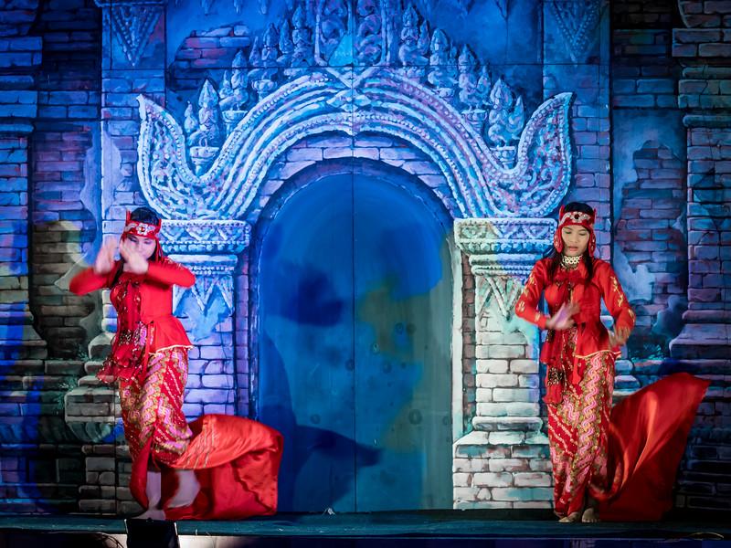 Myanmar cultural performance