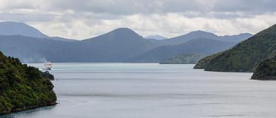Met de pont van Picton naar Wellington