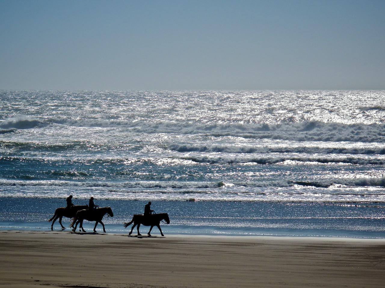 riders at water's edge - Bandon OR